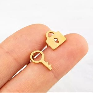 Minimalist Lock Ley Stainless Steel Stud Earrings